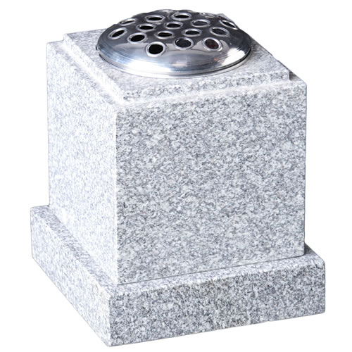 Check Top Vase